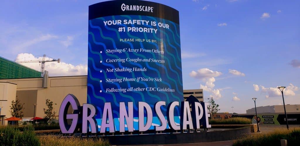 Grandscape Sign