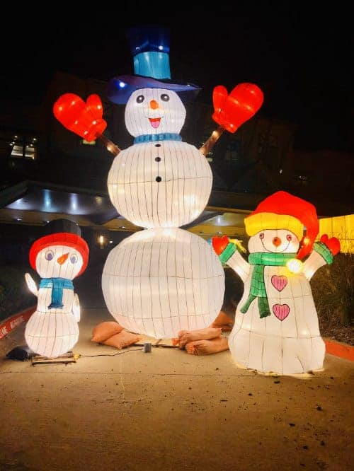Snowmen Trio at Yuletide Bright