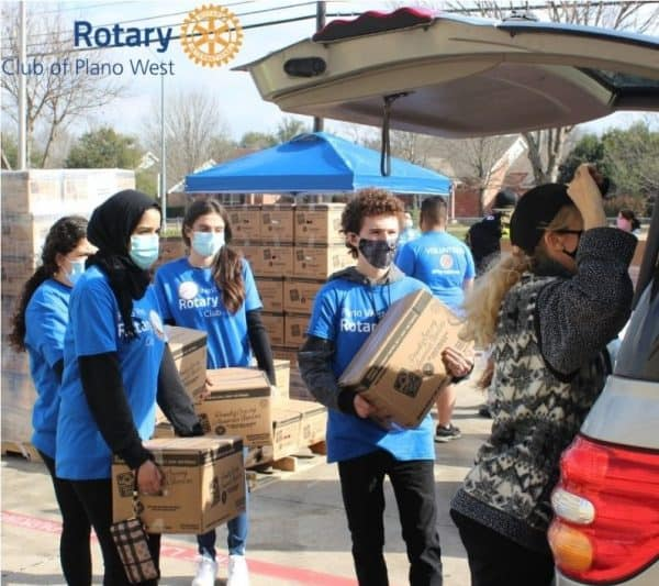 Rotary Club Teens helping out